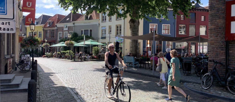 Fietsen-in-Hanzestad-zutphen-cg-foto