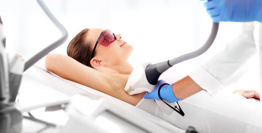 Alles wat je moet weten over lichaamshaar laseren